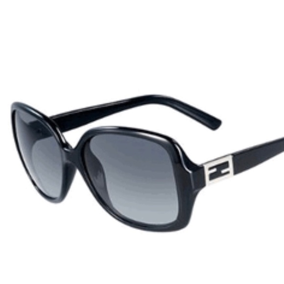 9c77f12690 Fendi Accessories - Fendi Sunglasses 🕶
